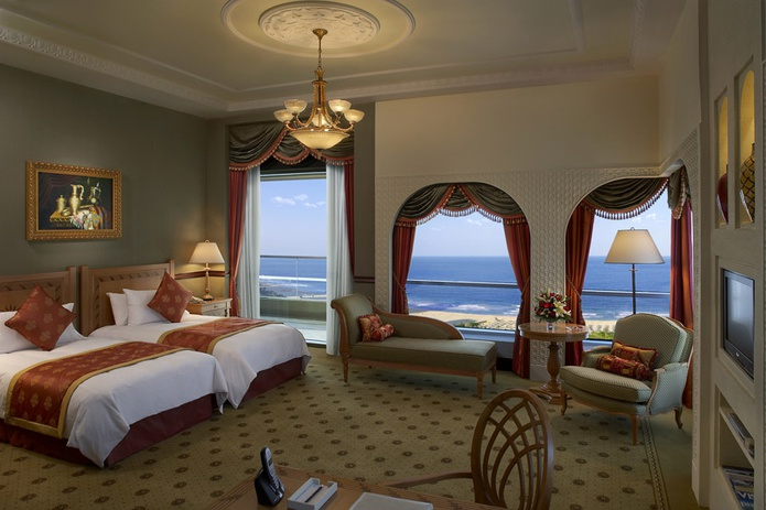 Habtoor Grand Beach Resort room with beach view