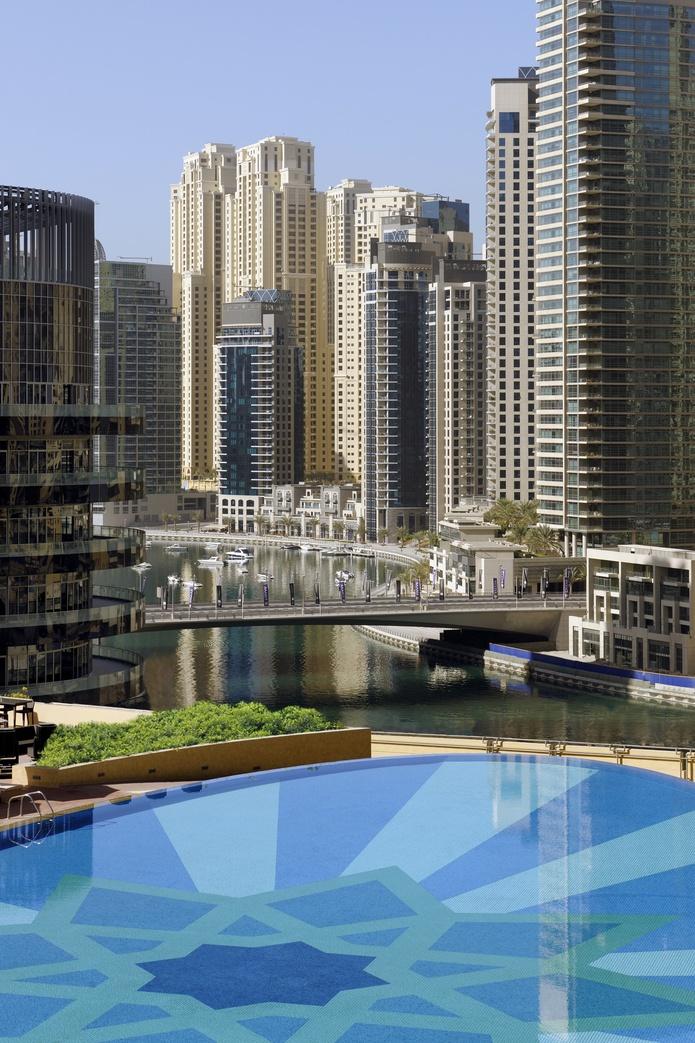 The Address Dubai Marina pool