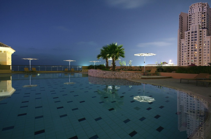 Amwaj Rotana swimming pool