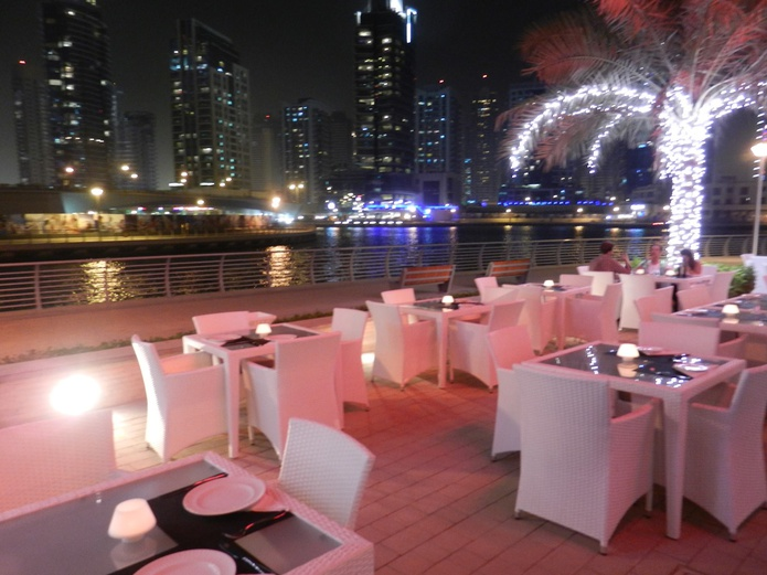 Dining on The Walk in Dubai Marina
