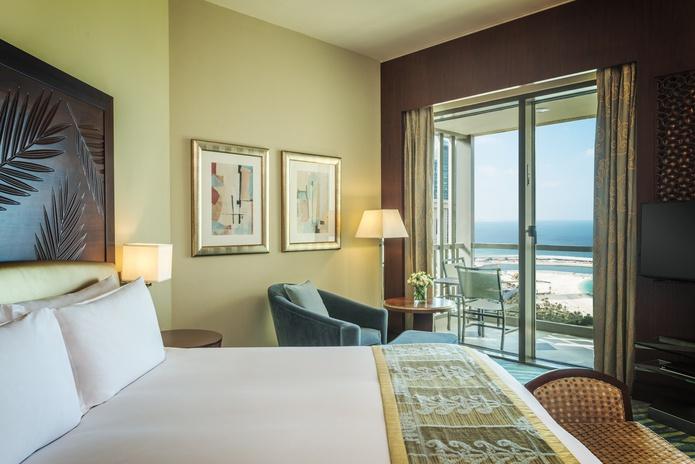 Sofitel Dubai Jumeirah Beach Prestige Suite bedroom