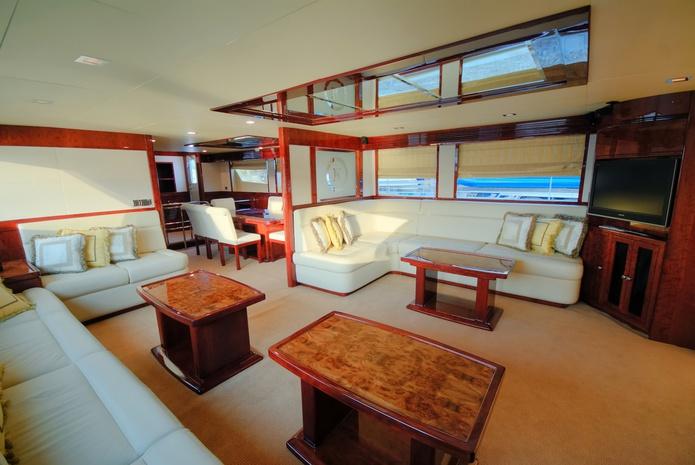 86 ft yacht interior