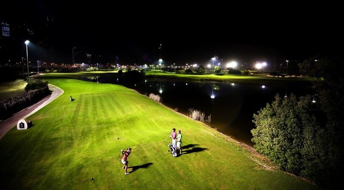 Emirates Golf Club night golf