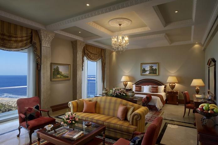 Habtoor Grand Beach Resort suite