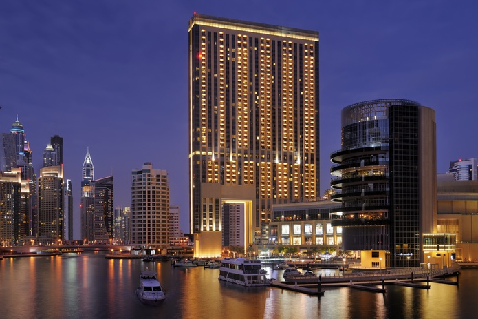 Address Dubai Marina at night