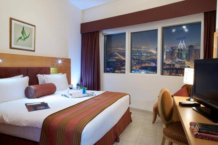 Tamani Marina Hotel bedroom