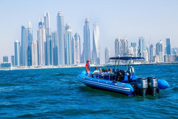 Speed Boat Ride in Dubai