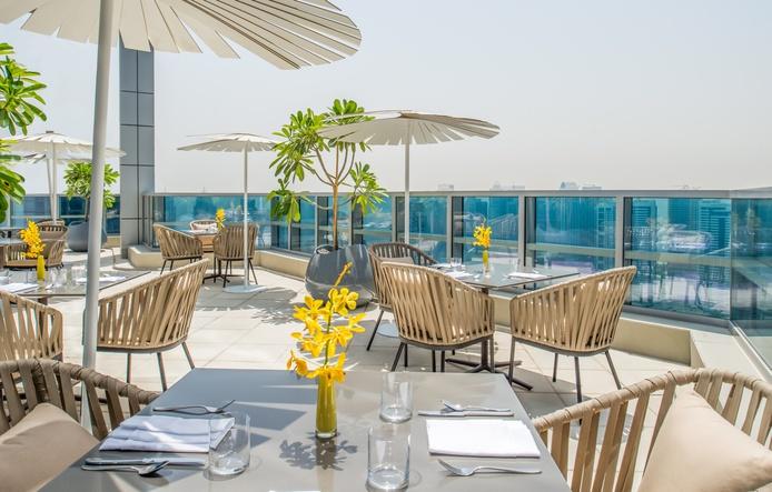 Club InterContinental Lounge with panoramic views on Dubai Marina