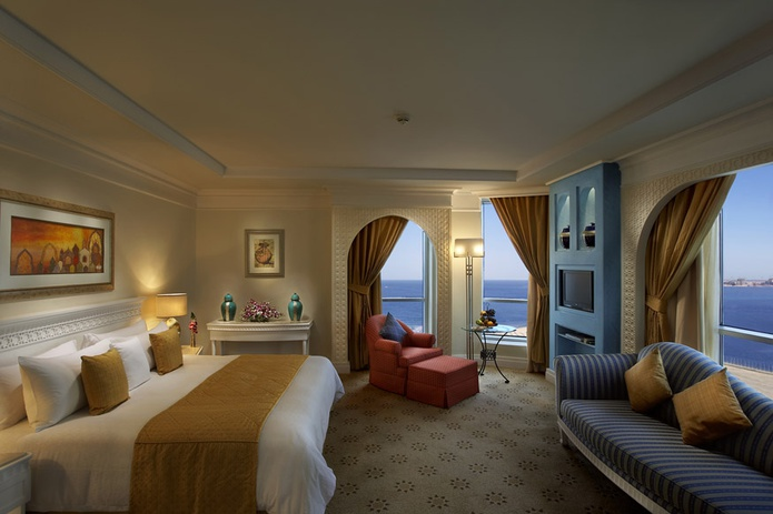 Habtoor Grand Beach Resort room with sea view