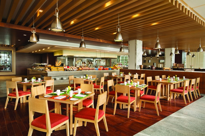 DoubleTree by Hilton Hotel dining