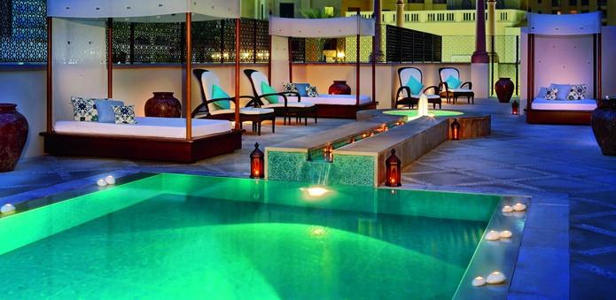 The Ritz-Carlton Dubai spa pool