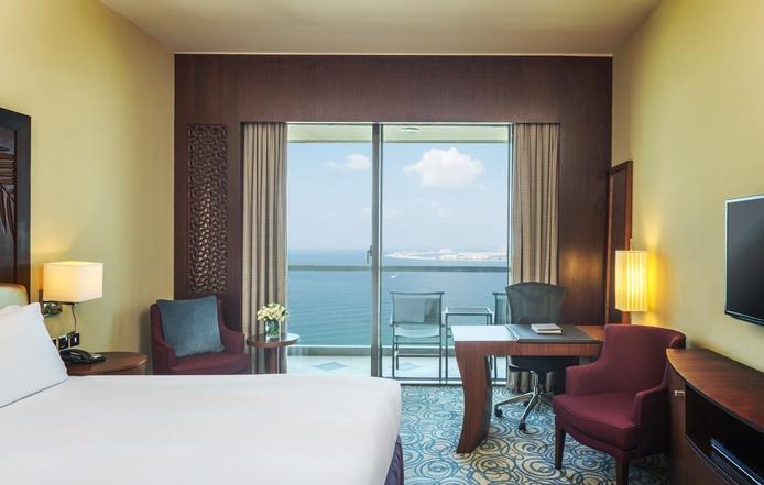 Sofitel Dubai Jumeirah Beach luxury room