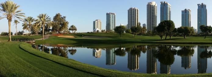 Emirates Golf Club lake