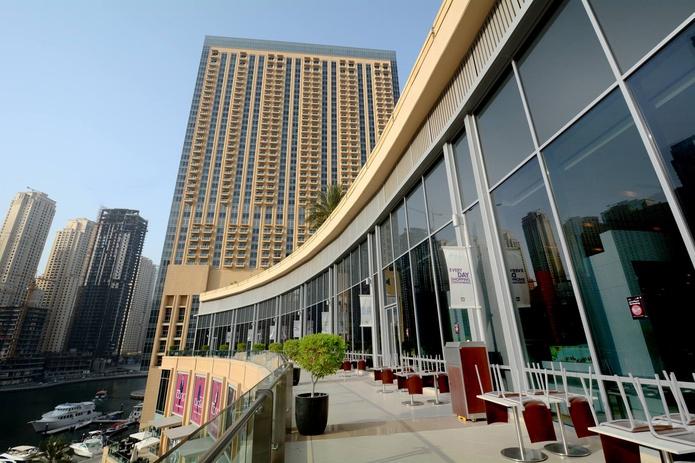 Dubai Marina Mall balcony