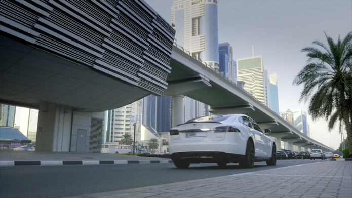 Driverless Tesla Model S in Dubai on Sheikh Zayed Road