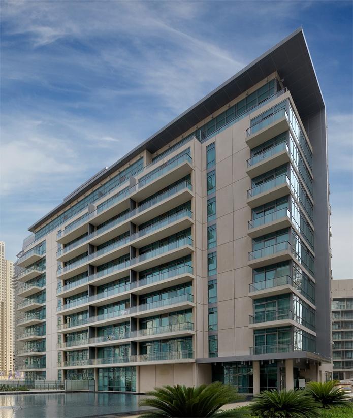 Nuran Marina building