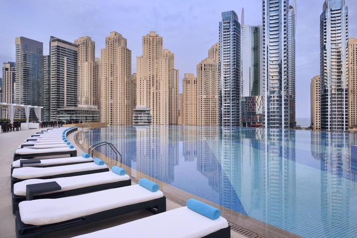 Address Dubai Marina pool
