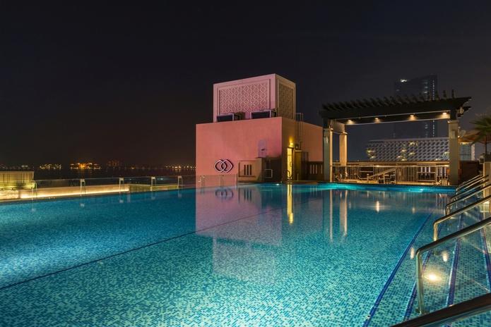 Sofitel Dubai pool