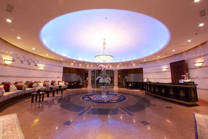Tamani Marina Hotel Lobby