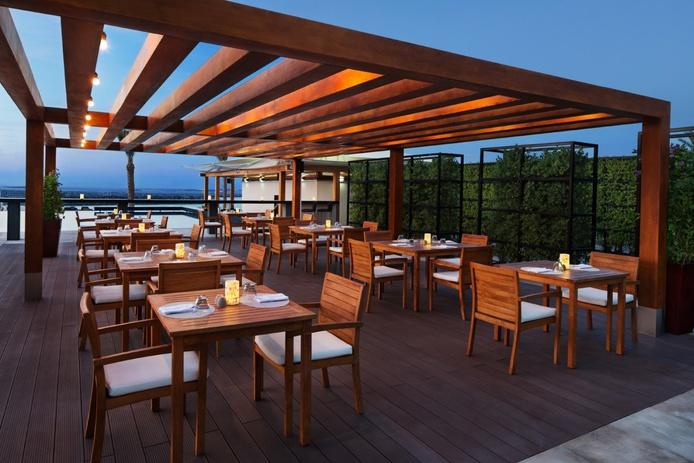 Areia Beach Bar & Grill