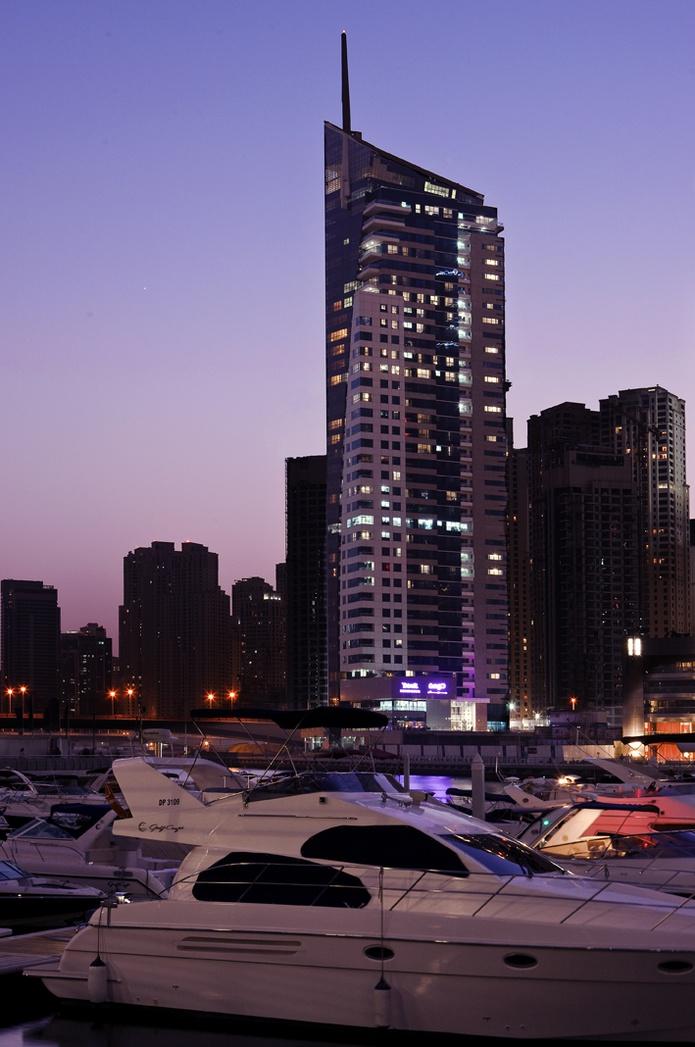 Dusit Residence Dubai Marina building
