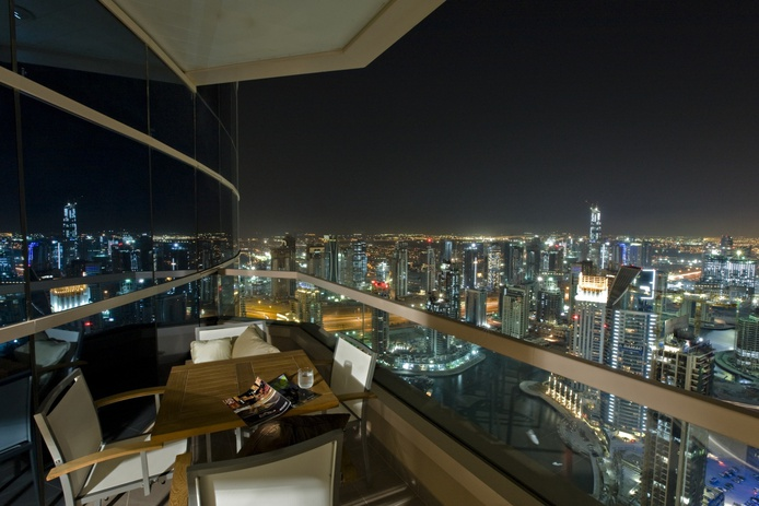 Dubai Marriott Harbour Hotel and Suites balcony panoramic views at night