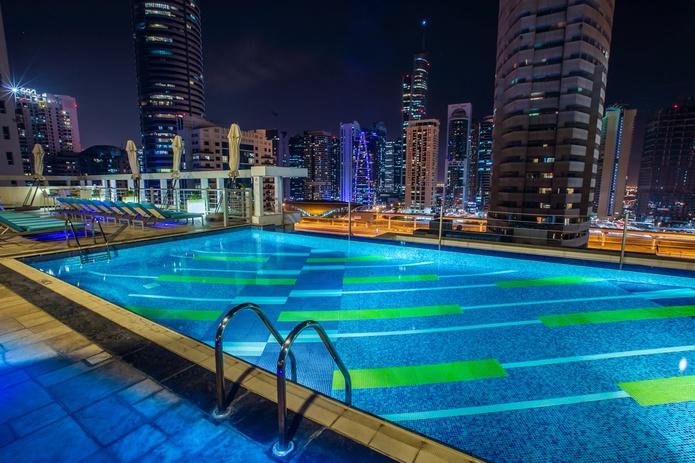 Marina Byblos Hotel Swimming Pool at night