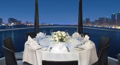 Which Dinner Cruise to Choose in Dubai?